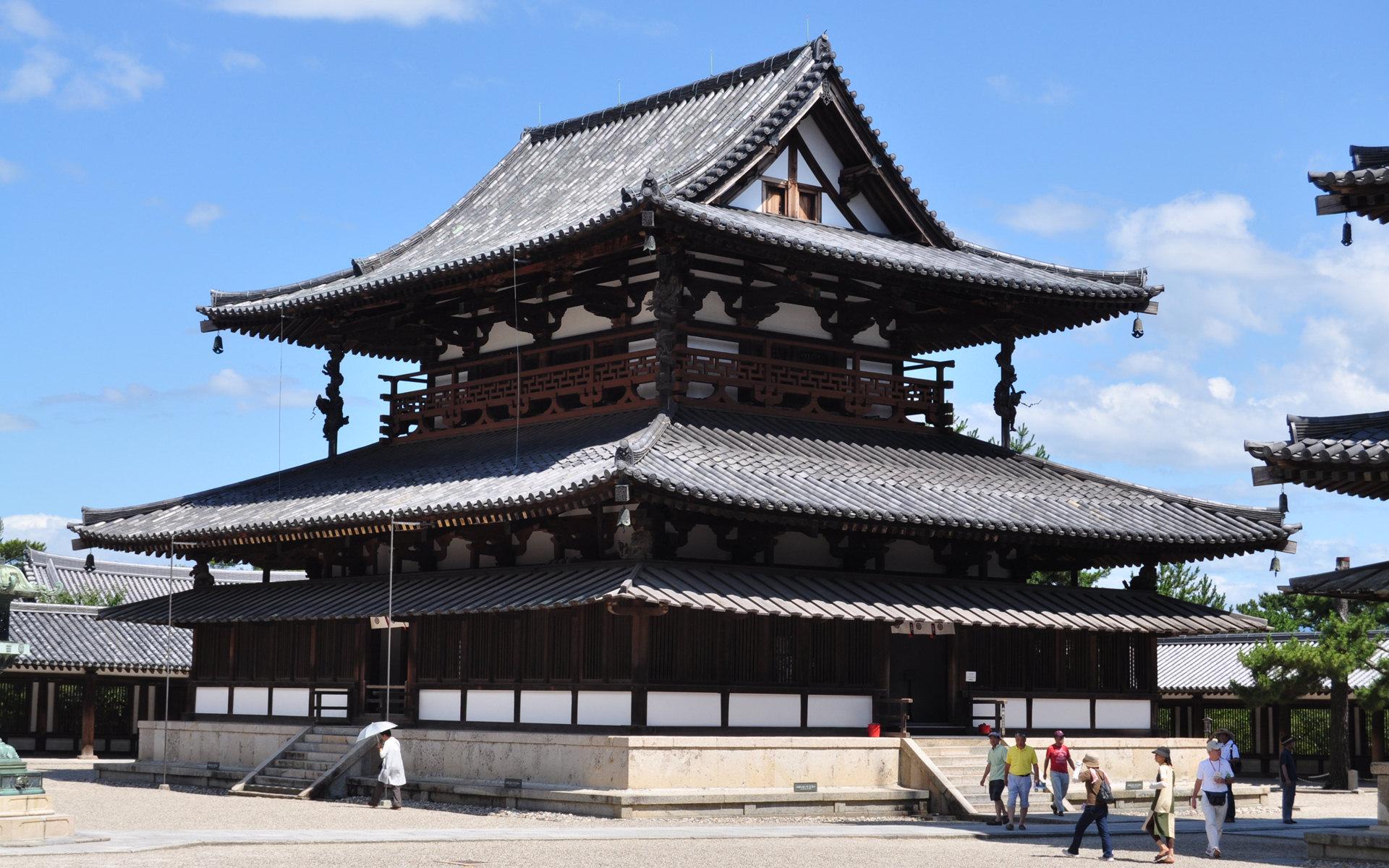 2020年 4月『法隆寺地域の仏教建造物群』