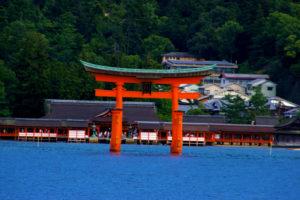 日本の神社建築の傑作、厳島神社と世界遺産