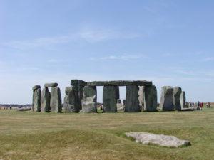 『ストーンヘンジ、エイヴベリーの巨石遺跡』(イギリス)