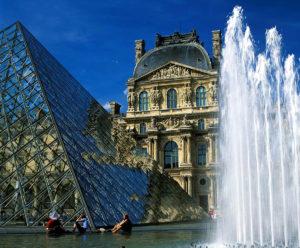 『パリのセーヌ河岸』(フランス)