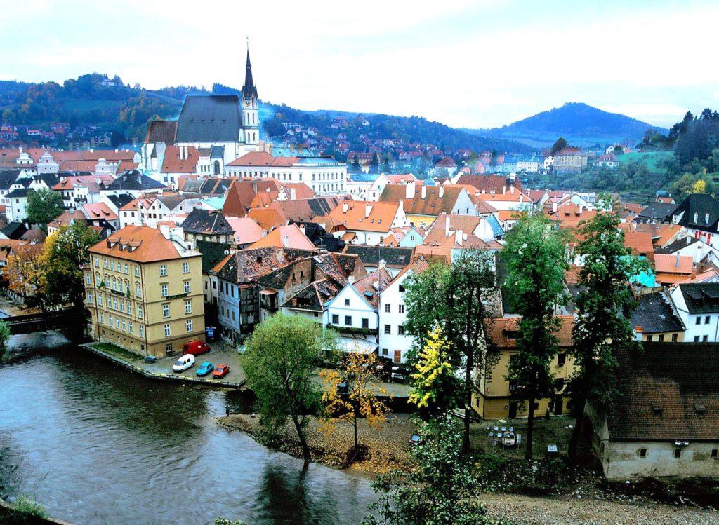 『チェスキー・クルムロフの歴史地区』(チェコ共和国)