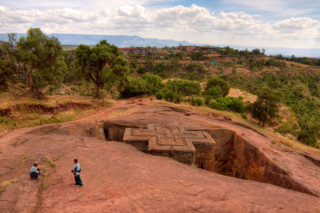 ラリベラの岩の聖堂群(エチオピア連邦民主共和国)