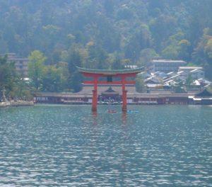 厳島神社(日本国)