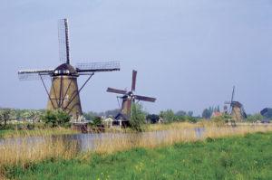 キンデルダイク-エルスハウトの風車群(オランダ王国)