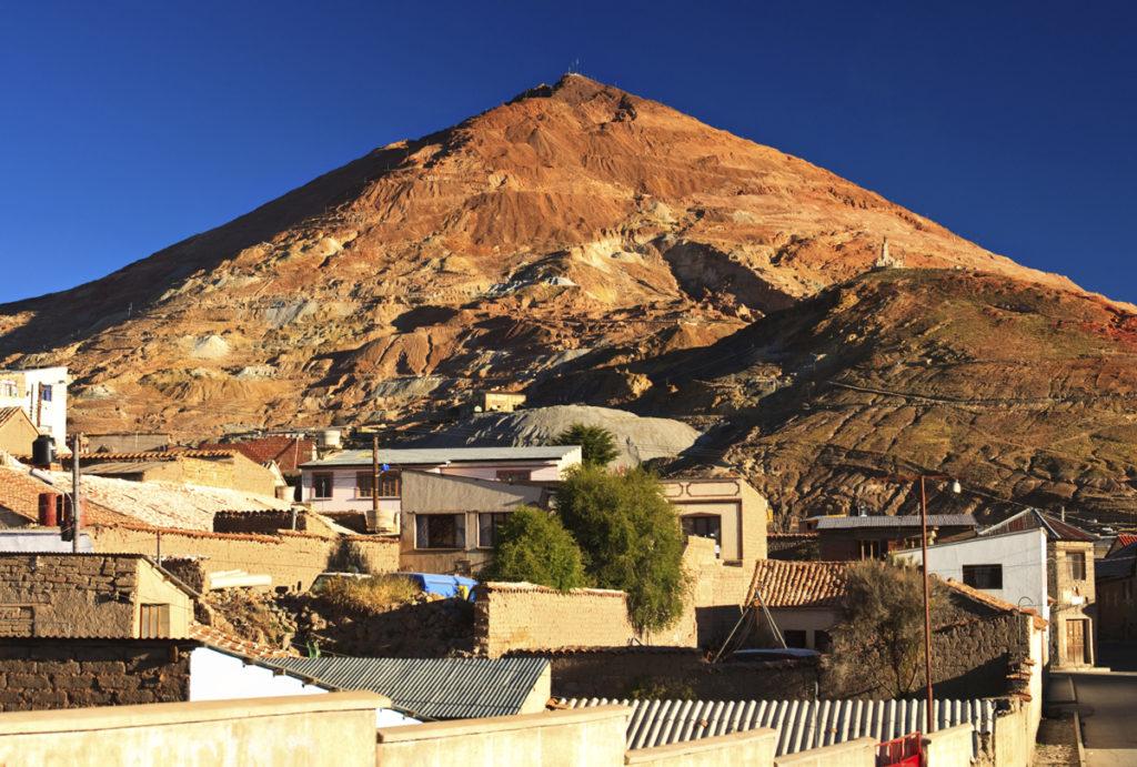 『ポトシの市街』(ボリビア共和国)