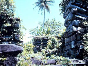 ナン・マトール:ミクロネシア東部の儀礼的中心地(ミクロネシア連邦)