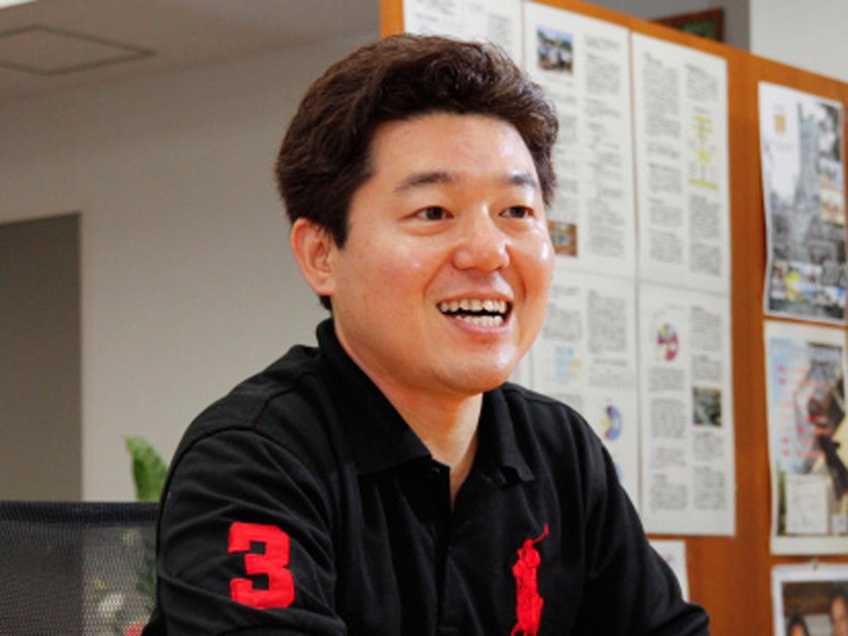 東京都立千早高等学校 ビジネス科 主任教諭 親泊寛昌氏